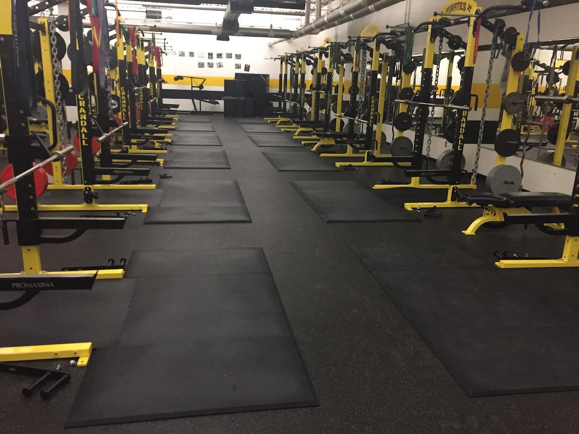 Crandall High School Weight Room